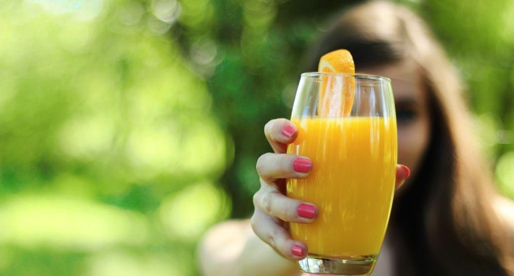 como preparar jugos de frutas